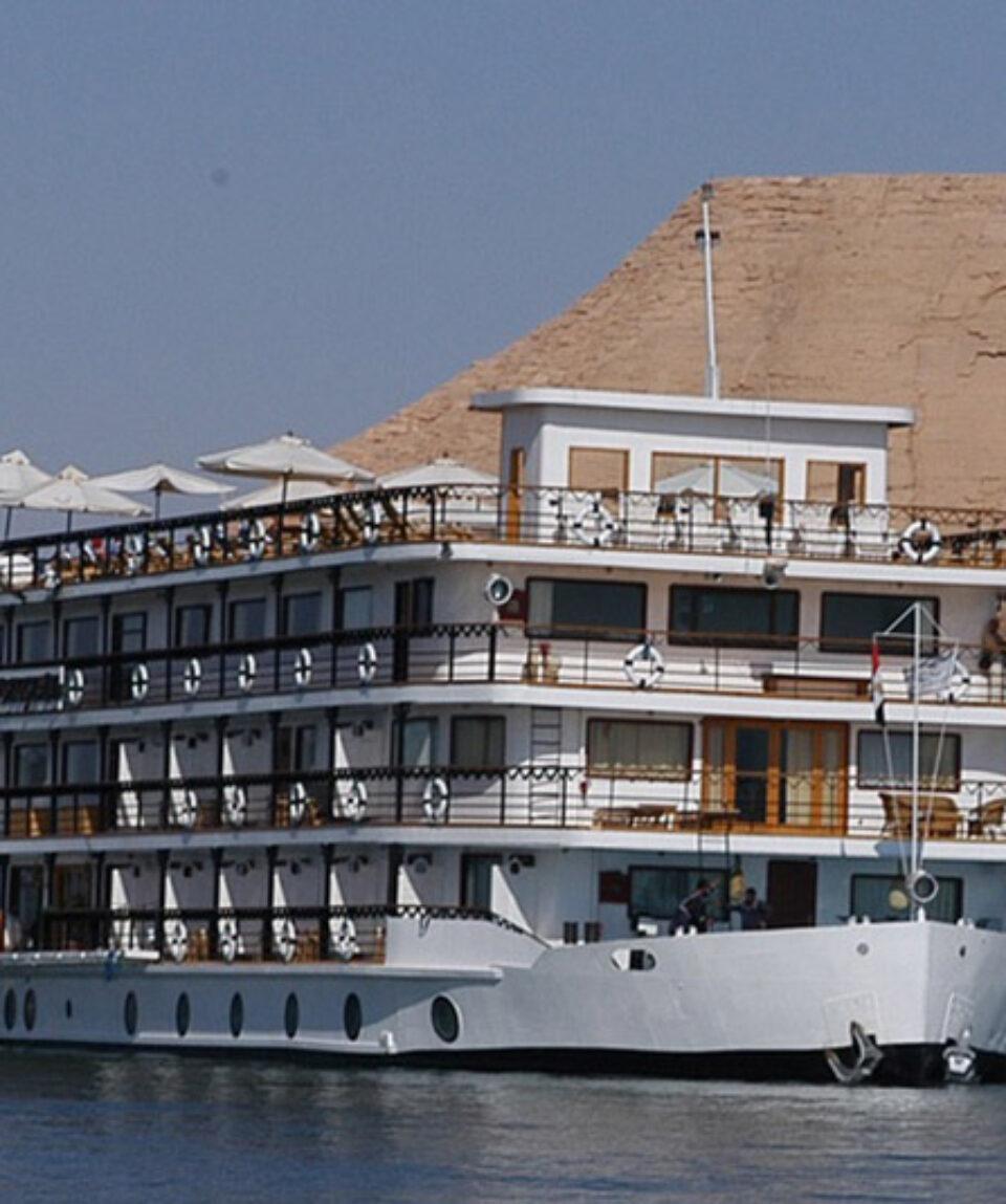 Crucero Lago Nasser Eugine Abu simbel