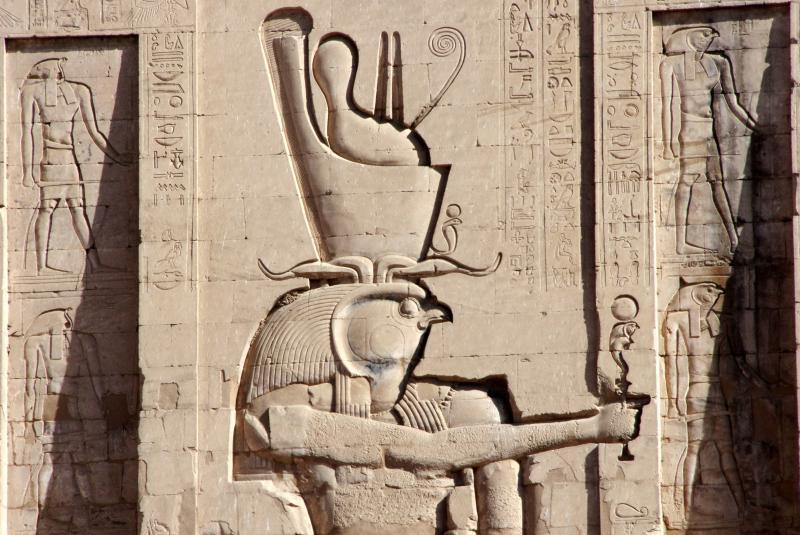 Viaje a Egipto,Templo de Horus en Edfu bajorrelieve