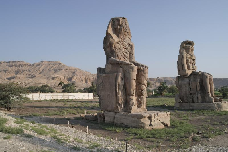 Viaje a Egipto Todo incluido Colosos de Memnom en Luxor