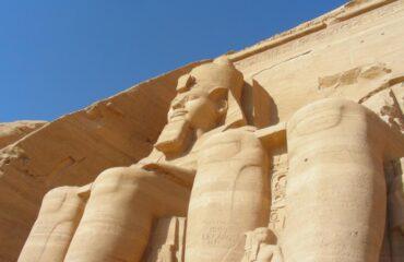 abu-simbel-Ramsess II