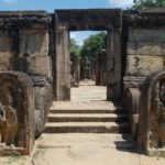 Ruinas en Polonnaruwa, Sri Lanka. Oferta viaje Sri Lanka.