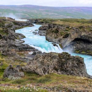 Goðafoss la Cascada de los Dioses, Islandia. Super ofertas en Islandia.