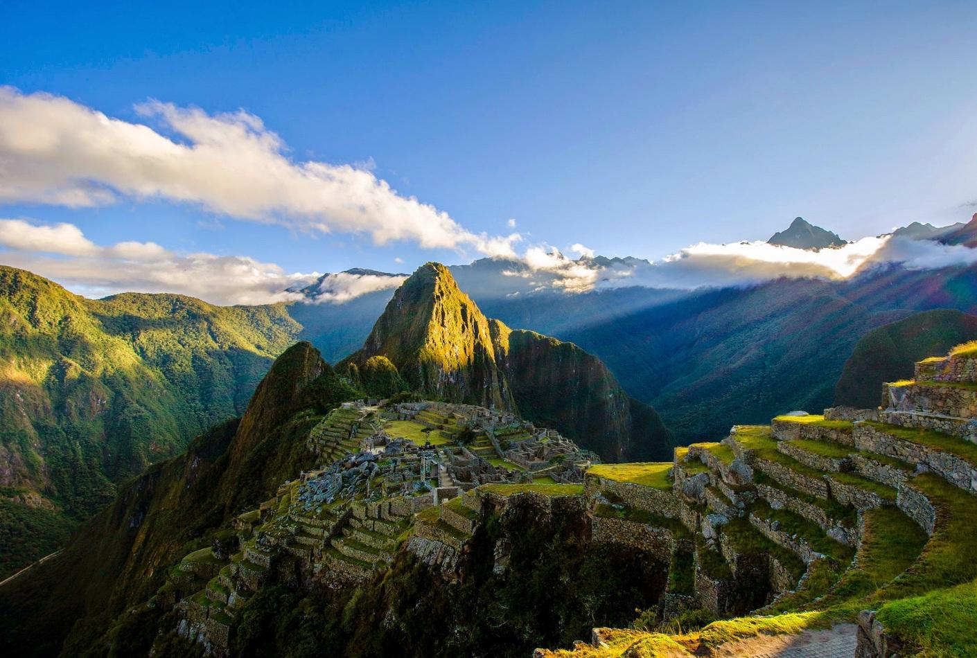 Vista aérea de Machu Picchu, Perú